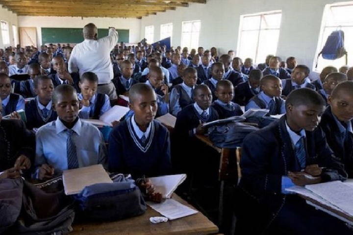 Factors that affect performance in SSCE English among Nigerian students